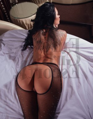 Hourida nuru massage