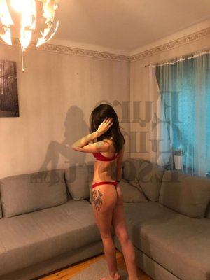 Elli nuru massage & escort girl