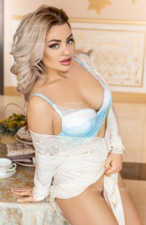 Lounah escort, happy ending massage